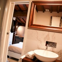 Отель Home Boutique Santa Maria Novella 3* Представительский номер с различными типами кроватей фото 5
