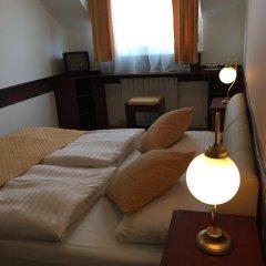 Hotel Gloria Budapest 3* Стандартный номер с различными типами кроватей фото 10