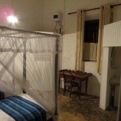 Отель Atapattu Walawwa Galle 2* Стандартный номер с различными типами кроватей