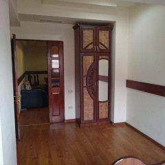 Апартаменты на улице Абовяна комната для гостей