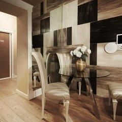 Отель Platinum Royal Suite в номере