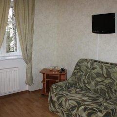 Гостиница У Фонтана Номер Комфорт с двуспальной кроватью фото 2