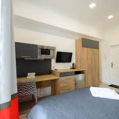 Гостиница Partner Guest House Khreschatyk 3* Студия с различными типами кроватей фото 15