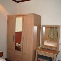Suriwongse Hotel 3* Номер Делюкс с двуспальной кроватью фото 4