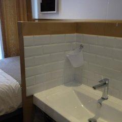 Отель Ma chambre à Lyon Франция, Лион - отзывы, цены и фото номеров - забронировать отель Ma chambre à Lyon онлайн ванная