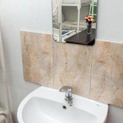 Эпл Хостел Львов ванная фото 9
