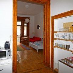 Pal's Hostel & Apartments Студия с различными типами кроватей фото 3