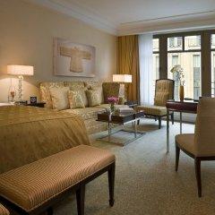 Breidenbacher Hof, a Capella Hotel 5* Номер Делюкс с разными типами кроватей