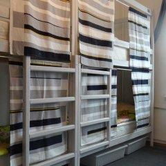 Goldfish Hostel Кровать в женском общем номере с двухъярусными кроватями фото 4