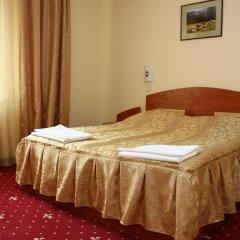 Гостиница Sanatoriy Karpatia Украина, Хуст - отзывы, цены и фото номеров - забронировать гостиницу Sanatoriy Karpatia онлайн комната для гостей