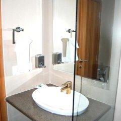 Отель Le ROI Raipur Индия, Райпур - отзывы, цены и фото номеров - забронировать отель Le ROI Raipur онлайн ванная