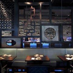 Отель Fontainebleau Miami Beach 4* Номер Делюкс с различными типами кроватей фото 19