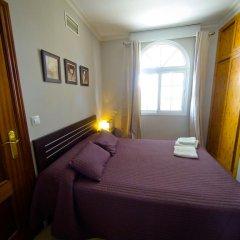 Отель Hostal La Muralla Стандартный номер с различными типами кроватей фото 8
