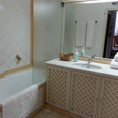Отель Vilamoura Holidays Golf & Beach Португалия, Виламура - отзывы, цены и фото номеров - забронировать отель Vilamoura Holidays Golf & Beach онлайн ванная