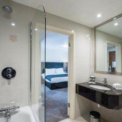 Отель Holiday Inn London - Kensington 4* Представительский номер с различными типами кроватей фото 13