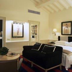 Отель Palazzo Vecchietti - Residenza D'Epoca 5* Номер Делюкс с различными типами кроватей фото 6