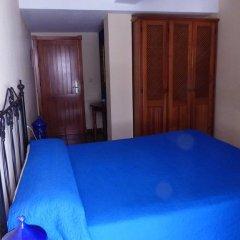 Отель Hostal San Juan Испания, Салобрена - отзывы, цены и фото номеров - забронировать отель Hostal San Juan онлайн комната для гостей фото 2