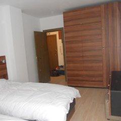 Отель Roy's Apartment in St John Park Болгария, Банско - отзывы, цены и фото номеров - забронировать отель Roy's Apartment in St John Park онлайн комната для гостей фото 2