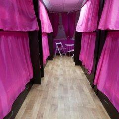 Хостел Лайк на Максима Горького Кровать в женском общем номере с двухъярусной кроватью