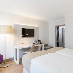 Отель NH Collection Berlin Mitte Am Checkpoint Charlie 4* Улучшенный номер с разными типами кроватей фото 12