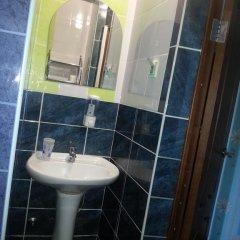 Гостиница Inn Apelsin в Краснодаре 4 отзыва об отеле, цены и фото номеров - забронировать гостиницу Inn Apelsin онлайн Краснодар ванная фото 2