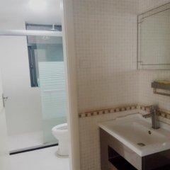 Отель Golden Mango ванная фото 2