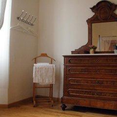 Отель Ridolfi Guest House 2* Стандартный номер с двуспальной кроватью (общая ванная комната) фото 11