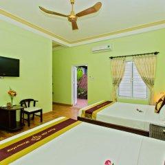 Отель Hoi An Life Homestay 2* Стандартный семейный номер с двуспальной кроватью фото 5