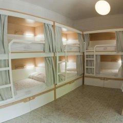 Отель Factory Gardens Кровать в общем номере с двухъярусной кроватью