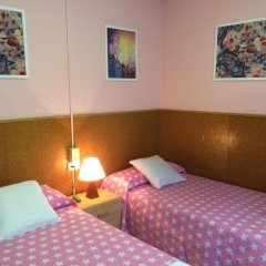 Отель Hostal Valls Барселона детские мероприятия