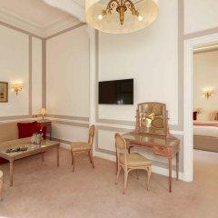 Hotel Regina Louvre 5* Номер Делюкс с двуспальной кроватью фото 4