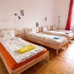 Pal's Hostel & Apartments Стандартный номер с различными типами кроватей фото 3