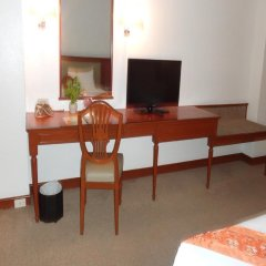 Tai-Pan Hotel 3* Улучшенный номер с различными типами кроватей фото 3