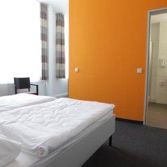 Отель Townhouse Düsseldorf 3* Стандартный номер с двуспальной кроватью фото 8