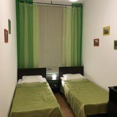 Хостел Бабушка Хаус Номер Делюкс с 2 отдельными кроватями фото 3