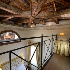 Hotel Ai Reali di Venezia 4* Апартаменты с различными типами кроватей фото 7