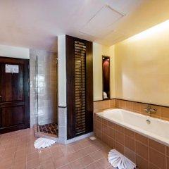 Отель Duangjitt Resort, Phuket Пхукет ванная фото 2