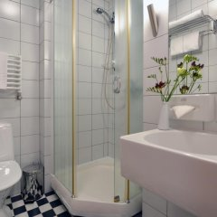Отель Navalis Литва, Клайпеда - отзывы, цены и фото номеров - забронировать отель Navalis онлайн ванная