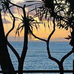 Отель Grand Melanesian Hotel Фиджи, Вити-Леву - отзывы, цены и фото номеров - забронировать отель Grand Melanesian Hotel онлайн пляж фото 2