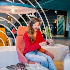 Отель The Student Hotel Amsterdam West Нидерланды, Амстердам - 7 отзывов об отеле, цены и фото номеров - забронировать отель The Student Hotel Amsterdam West онлайн бассейн