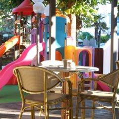 Отель Fra I Pini Италия, Римини - отзывы, цены и фото номеров - забронировать отель Fra I Pini онлайн гостиничный бар