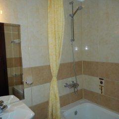 Отель TES Flora Apartments Болгария, Боровец - отзывы, цены и фото номеров - забронировать отель TES Flora Apartments онлайн ванная