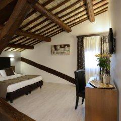 Hotel Trevi 3* Улучшенный номер с различными типами кроватей фото 10