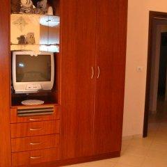 Отель Villa M Cako Албания, Ксамил - отзывы, цены и фото номеров - забронировать отель Villa M Cako онлайн удобства в номере фото 2