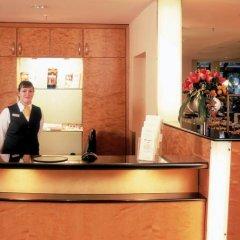 Отель Schlosspark Hotel Германия, Берлин - отзывы, цены и фото номеров - забронировать отель Schlosspark Hotel онлайн гостиничный бар