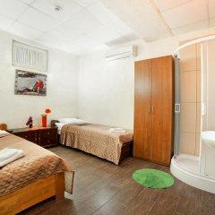 Гостиница Маринара Стандартный номер с двуспальной кроватью (общая ванная комната) фото 4