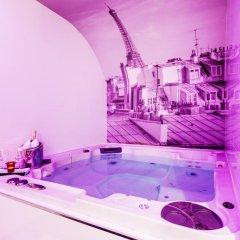 Отель LEMPIRE Париж бассейн