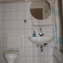 Отель Budapest City-Home Венгрия, Будапешт - отзывы, цены и фото номеров - забронировать отель Budapest City-Home онлайн ванная