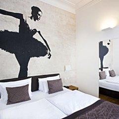 Отель Golden Crown 4* Улучшенный номер с двуспальной кроватью фото 20