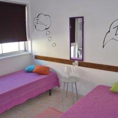 Alameda Hostel Стандартный номер с 2 отдельными кроватями (общая ванная комната) фото 3